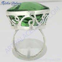 Amazing Peridot 925 Silver Ring