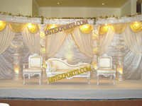 WEDDING CRYSTAL COLOUM STAGE