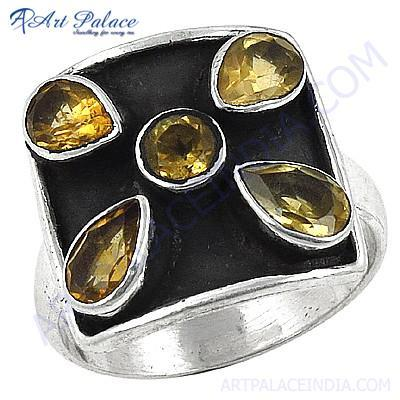 Gracious Fashionable Citrine Silver Gemstone Ring