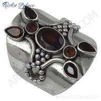 Famous Design Garnet Gemstone Silver Ring