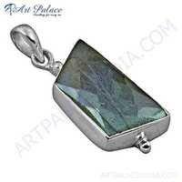 Special Cutting Elegant Labradorite Gemmstone Silver Pendant