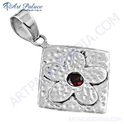 New Garnet Gemstone Silver Flower Pendant