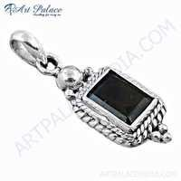 Valuable Black Onyx Gemstone Silver Pendant