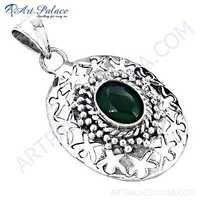 Decent Designer Green Onyx Gemstone Silver Pendant