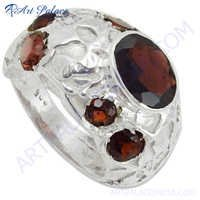 simple and charming Garnet Gemstone Silver Ring