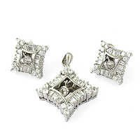 High Quality Cubic Zirconia Gemstone Silver Earings & Pendant Set