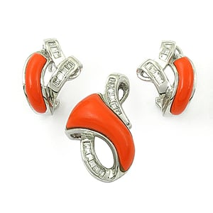 Attractive Cubic Zirconia & Synthetic Coral Gemstone Silver Earings & Pendent Set
