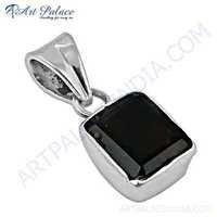 Popular Design Garnet Gemstone Silver Pendant
