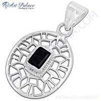 Fret Designer Black Onyx Gemstone Silver Pendant