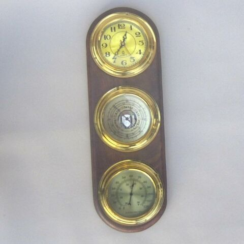 NAUTICAL BRASS AND WOOD WHETHER STATION MARINE CLOCK 19 X 6