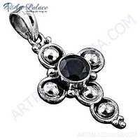 Fastival Designer Garnet Gemstone Silver Pendant