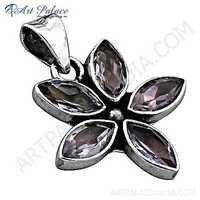 Pretty Flower Style Amethyst Gemstone Silver Pendant