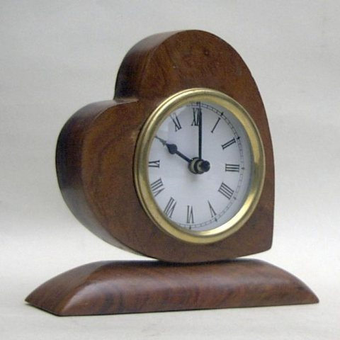 NAUTICAL WOODEN HEART CLOCK NOT INCL.BATTRIES 6