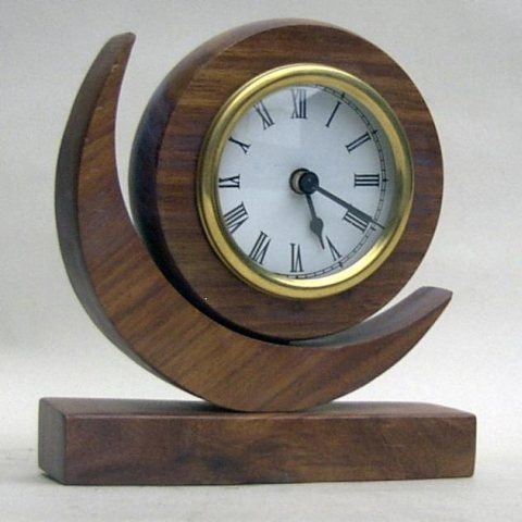 NAUTICAL WOODEN MOON CLOCK BATTRIES NOT INCL 6