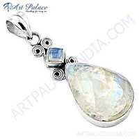 Ladies Designer Rainbow Moonstone Gemstone Silver Pendant