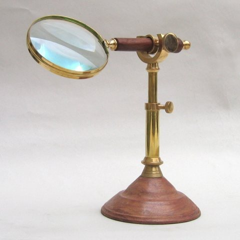 NAUTICAL BRASS AND WOOD MAGNIFYING GLASS WOODEN HANDLED WITH STAND