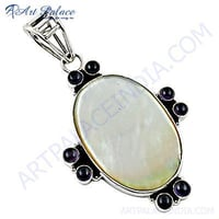 Excellent New Fashionable Amethyst & Shell Gemstone Silver Pendant