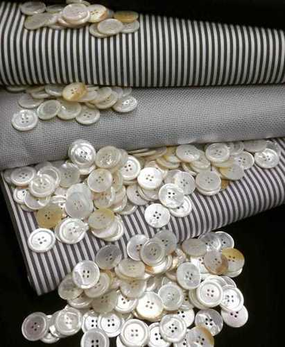 100 White Mother of Pearl Buttons