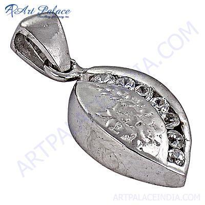 Leaf Style Classic Cubic Zirconia Gemstone Silver Pendant