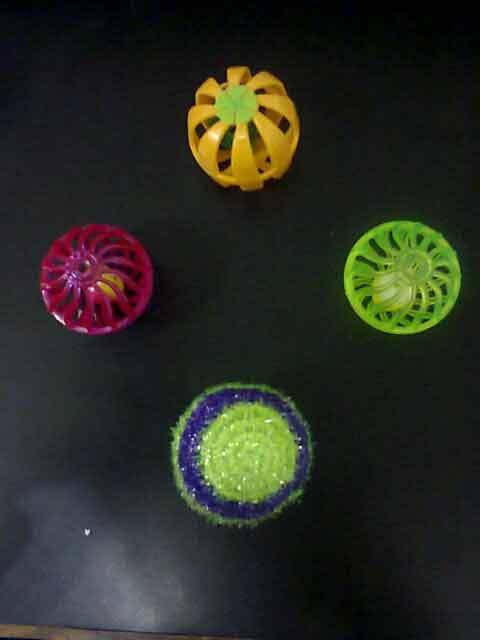 022013 Dog Toy Balls