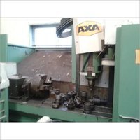 USED VERTICAL MILLING CENTER MACHINE