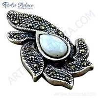 Traditional Designer Gemstone Silver Pendant With Mabe Pearl