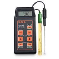 Portable pH/ORP Meter