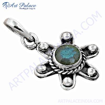 Party Wear Designer Labradorite Silver Pendant