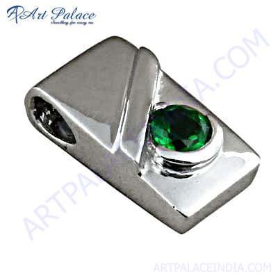 Shiney Green Glass Gemstone Silver Pendant