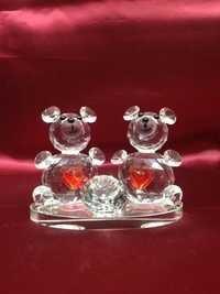 Glass bear showpiece