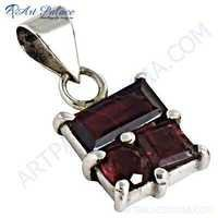 Hot !! Garnet Gemstone Silver Pendant