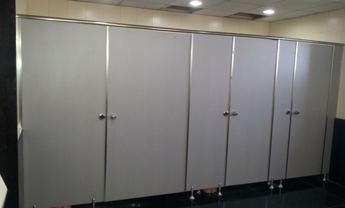 SS Leg Type Toilet Cubical