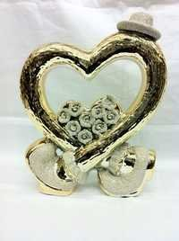 Gold Ceramic Heart Show Pieces statue