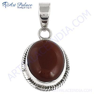 Victorian Designer Gemstone Silver Pendant With Red Onyx
