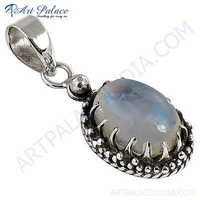 Excellent New Fashionable Rainbow Moonstone Gemstone Silver Pendant