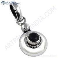 Top Quality Sterling Silver Pendant With Black Onyx