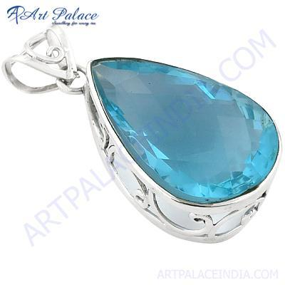 New Extra Shine Blue Topaz Gemstone Silver Pendant