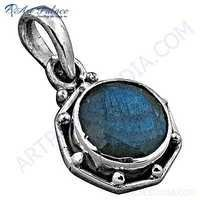 Indian Touch Labradorite Gemstone Silver Pendant