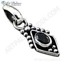 Truly Designer Garnet Gemstone Silver Pendant