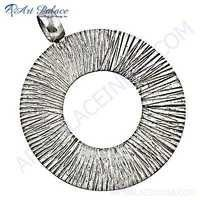Rady to Wear Plain Silver Round Pendant