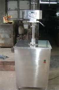 semi automatic sealing machine.