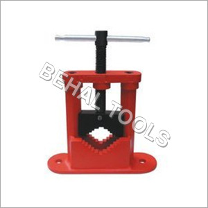 Pipe Vice Pillar Type