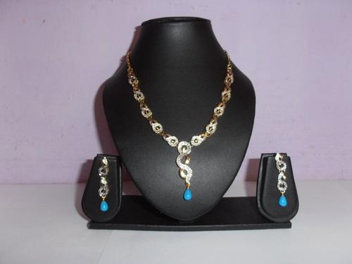 Women Costume Necklace