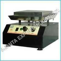 Multi Magnetic Stirrer With Hot Plate