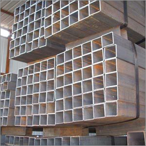 Square seamless pipe