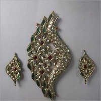 Jadau Designer Kundan Gold Pendant
