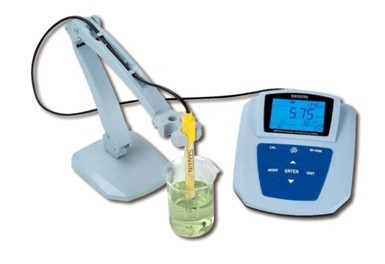 NAC515 Precision Conductivity Meter