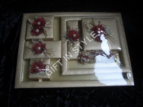 Trousseau Sets of 11 Pieces
