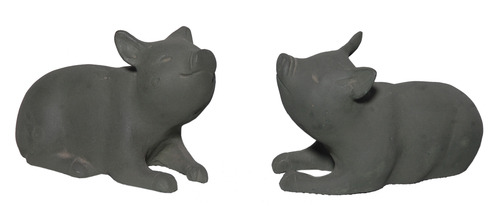 Small Pig Statues