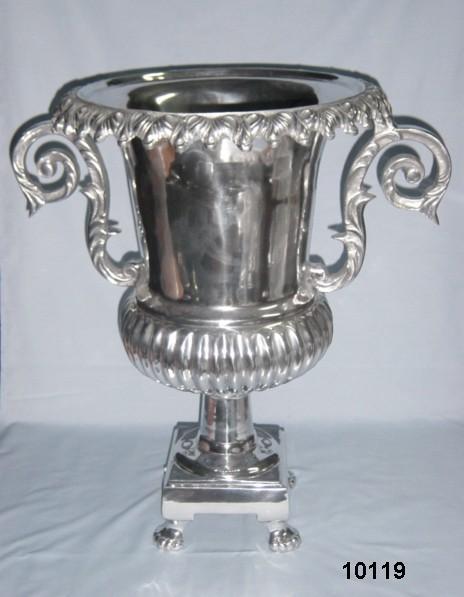 Metal Design Flower Vase